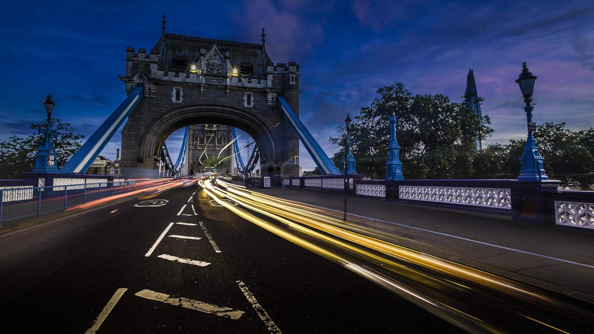 38938208-bridge-of-london